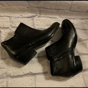 Sam Edelman sz 7.5 Black leather Booties